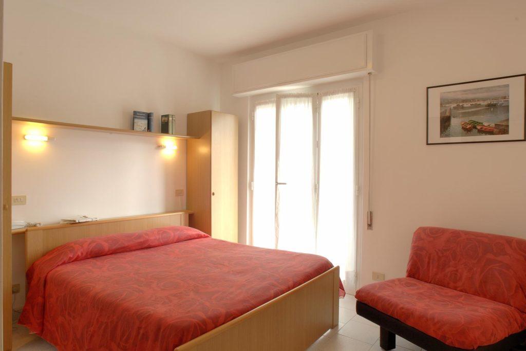 Hotel Villa Ave a Finale Ligure | Albergo vicino al mare in Liguria | Pernottamento con colazione a buffet e servizio ristorante | Dormire a Finale Ligure