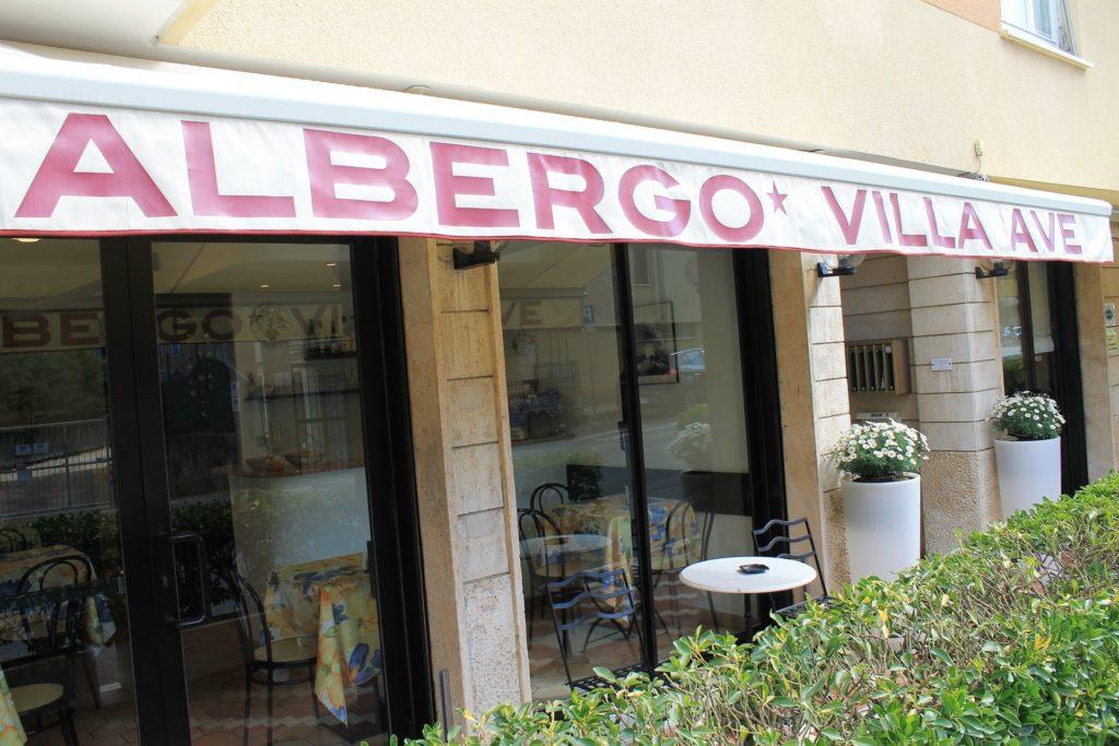 Hotel Villa Ave a Finale Ligure | Albergo vicino al mare in Liguria | Pernottamento con colazione a buffet e servizio ristorante | Finale Ligure Hotel Familial | Prix Hotel Finale Ligure | Zimmer Finale Ligure | Hotel in Ligurien