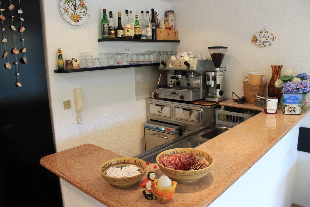 Hotel Villa Ave a Finale Ligure | Albergo vicino al mare in Liguria | Pernottamento con colazione a buffet e servizio ristorante | Hotels pas chers a Finale Ligure